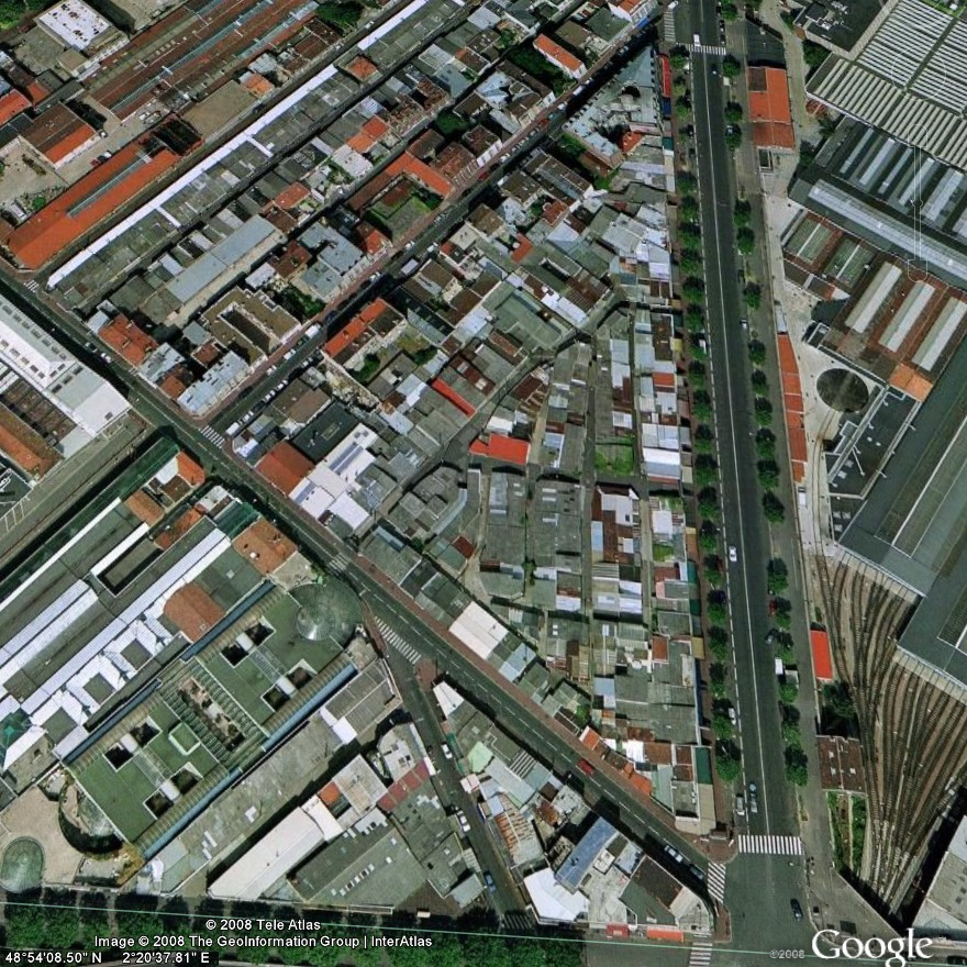 Satellite picture of Vernaison market